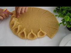 NAJKRÁSNEJŠÍ RECEPT JABLKA, KTORÝ NIKDY NIKDY NEBOL TAK ĽAHKO - YouTube Apple Pie Recipes, Apple Desserts, Holiday Desserts, Just Desserts, Real Food Recipes, Delicious Desserts, Cake Recipes, Dessert Recipes, Cooking Recipes