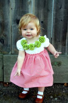 craftiness is not optional: C's Christmas dress