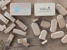 Деревянные коробочки под флешку с нанесением логотипа.