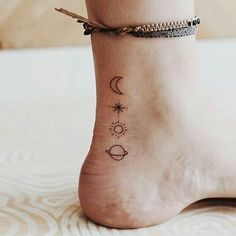 simple tattoo designs for women - Google Search Tattoo Girls, Little Tattoo For Girls, Cute Little Tattoos, Tiny Tattoos For Girls, Tattoos For Women Small, Cute Tats, Ankle Tattoos For Women, Trendy Tattoos, Mini Tattoos