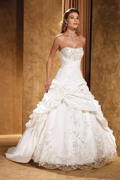 Classic Formal Modern Romantic Ivory White $$ - $701 to $1500 $$$ - $1501 to $3000 Ball Gown Beading Dropped Eddy K Floor Lace Pick Ups Scoop Sleeveless Strapless Taffeta Wedding Dresses Photos & Pictures - WeddingWire.com