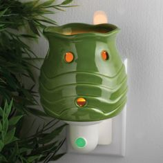 Wax-Less fragrance night light from For Every Home and Style. #foreveryhomeandstyle