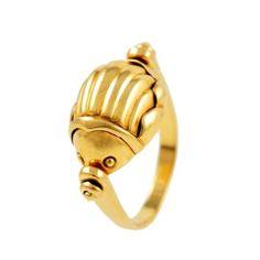 TIFFANY & CO. Gold Scarab Ring