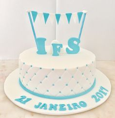 Casamento  Batizado  Bolo  Cake  Cakedesign  Azul e branco