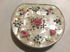 STUNNING VINTAGE LUCITE MOTHER OF PEARL PETITE POINT POWDER COMPACT.