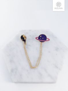 Thunder x Saturn collar pin planet pin thunder by KizunaAccessory