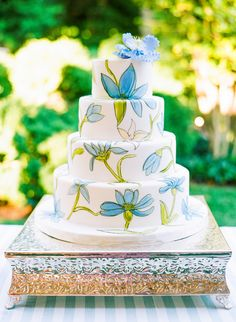 Wedding Cake from FancyCakesByLeslie.com on #SMP -- See the wedding here: http://www.StyleMePretty.com/2014/04/07/dc-garden-wedding-with-pops-of-color -- Photography - KatieStoops.com