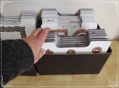 Elly's Card- Corner: Opbergen...Art Bin magnetic storage sheets