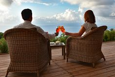 Happy Friday! . . . Did Anyone Say Aperitivo?! 🥂 #oasiolimpiarelais#5starhotel#luxuryhotel#privatevilla#luxuryvilla#events#naples#sorrento#amalficoast#positano#massalubrense#santagatasuiduegolfi#panorama#aperitivo#view#music#happy#couple#cheers#goodcompany#enjoy#guestloveus Sorrento, Positano, Music Happy, Italian Lifestyle, Naples, Happy Friday, Wicker, Loom
