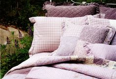 Lilas by HB Brunelli at Bedding Super Store.com