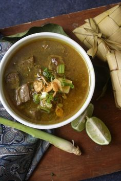 Coto Makassar or Coto Mangkasara (Makassarese), is an Indonesian culinary food originating from Makassar, South Sulawesi. It is a soup with seasoning broth made from starch.The main content of this soup is beef and it can be mixed with innards such as intestine, liver, lungs, heart, tripe, or cow brain.    Coto Makassar is usually served with Burasa or Ketupat.