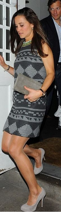 Pippa Middleton: Dress – Matthew williamson  Shoes – Kate Spade  Watch – Project D London  Bracelet – Hermes