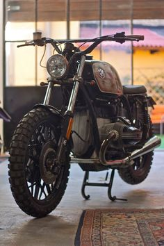 Inazuma café racer: by Cafe Twin - BMW Car Platform Bmw Cafe Racer, Cafe Bike, Cafe Racers, Bmw Scrambler, Motos Bmw, Bmw Motorcycles For Sale, Vintage Motorcycles, Custom Motorcycles, Scooters