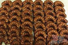 Velmi šťavnatý Milka koláček z hrnečku Christmas Sweets, Christmas Baking, Christmas Cookies, Slovak Recipes, Czech Recipes, Top Recipes, Sweet Recipes, Baking Recipes, Czech Desserts