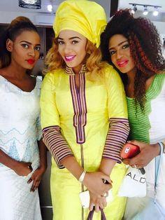 Malian Fashion bazin #Malifashion #bazin #malianwomenarebeautiful… African Print Fashion, Tribal Fashion, African Fashion Dresses, African Wear, African Women, African Dress, Traditional Wedding Dresses, Traditional Outfits, Senegalese Styles