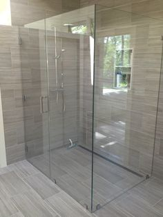 Find Out More On Incredible Showers Do It Yourself Small Bathroom With Shower, Master Bathroom Shower, Modern Bathroom, Bathroom Tile Designs, Bathroom Layout, Bathroom Interior, Küchen Design, Bathroom Inspiration, Decoration