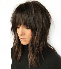 laagjes 60 Best Variations of a Medium Shag Haircut for Your Distinctive S. - laagjes 60 Best Variations of a Medium Shag Haircut for Your Distinctive Style Elongated Razored Straight Shag with Bangs - Modern Shag Haircut, Long Shag Haircut, Chic Haircut, Fringe Haircut, Modern Haircuts, Medium Hair Cuts, Medium Hair Styles, Curly Hair Styles, Shaggy Medium Hair
