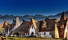 Clay Castle: Hotel Unique Clay and Straw - Fagaras Mountains in Romania. Located in the heart of Fagaras Mountains in Romania Hobbit Hotel, Sibiu Romania, Fairytale Castle, Unique Hotels, Europe Destinations, Travel And Leisure, Hotels And Resorts, Places To Go, Adventure