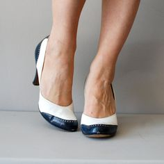 vintage 1940s Deauville spectator heels     #pinup #vintageshoes #1940s #wwii