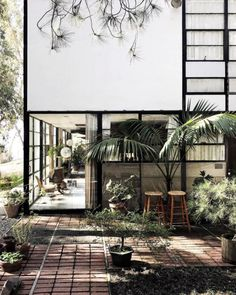 sfgirlbybay / bohemian modern style from a san francisco girl Facade Design, House Design, Copenhagen Apartment, San Francisco Girls, Natural Interior, Garden Studio, Instagram Worthy, Nature Decor, Brutalist
