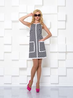 We choose casual dresses. Fashionable dresses for every day - photo, novelties, ideas Simple Dresses, Cute Dresses, Vintage Dresses, Beautiful Dresses, Casual Dresses, Short Dresses, Fashion Dresses, Fashion Clothes, Psychedelic Fashion