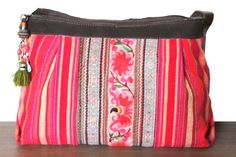 Hobo Bag, Laos, African Fashion, Diaper Bag, Gypsy, Clothes, Artisanal, Html, Ethnic