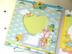 Мои рукотворности: И снова жирафковый альбом))) Baby Scrapbook Pages, Kids Scrapbook, Mini Scrapbook Albums, Scrapbook Cards, Mini Albums Scrap, Baby Album, Book Making, Baby Cards, House