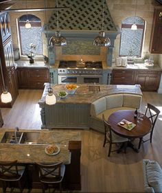 38 Gorgeous Farmhouse Kitchen Island Decor Ideas - Popy Home Kitchen Island Booth, Farmhouse Kitchen Island, Kitchen Booths, Kitchen Islands, Kitchen Cabinets, Kitchen Island With Booth Seating, Diy Cabinets, Kitchen With Double Island, Kitchen Banquet Seating