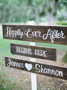 Shannon + James | Litchfield Plantation Wedding | Wedding Signs | Happily Ever After