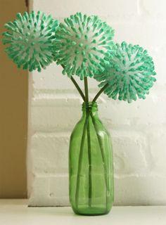 Cotton Ear Bud Flowers http://www.handimania.com/diy/cotton-ear-bud-flowers.html