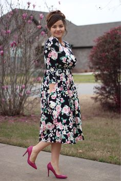 How perfect is our Adeline dress? These are going fast! Modest Dresses, Modest Outfits, Modest Fashion, Cute Dresses, Dress Outfits, Casual Dresses, Fashion Dresses, Summer Dresses, Fashion Blouses