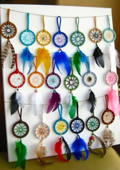 Bohemian Real Ostrich Feather Dangle Earrings for Women with Shell Beads Long Tassel Design Drop Earrings (Color) – Fine Jewelry & Collectibles Making Dream Catchers, Dream Catcher Art, Dream Catcher Necklace, Album Design, Dreamcatcher Design, Diy And Crafts, Arts And Crafts, Diy Keychain, Feather Earrings