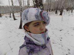 "Felted beret ""White & gray"" by ComfortFelt on Etsy"
