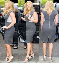 Amy Schumer Squeezes Her Curves into Figure-Hugging Monochrome Dress and Narciso Rodriguez Sandals Amy Schumer Legs, Amy Shumer, Halsey Singer, Structured Dress, Dating Girls, Monochrome, Going Out, Summer Outfits, Sexy Women