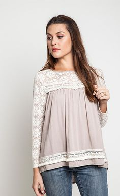 lace + latte blouse w/ slit back – Winsome Jones