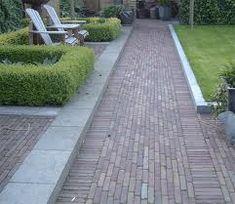 Jaren30woningen.nl | Inspiratie voor de bestrating van een tuin bij een jaren '30 woning