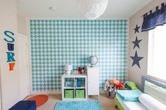 Painted Houndstooth Wall in Shared Boys' Room