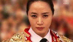 '직장의 신' 강렬 오프닝! 김혜수, 섹시 투우사로 변신