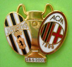 DISTINTIVO SPILLA PIN BADGE - JUVENTUS-MILAN - FINALE CHAMPIONS LEAGUE 28-5-2003