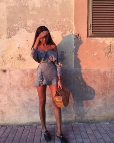 Discover recipes, home ideas, style inspiration and other ideas to try. Street Style Outfits, Mode Outfits, Fashion Outfits, Fashion Mode, Look Fashion, Womens Fashion, Fashion Trends, 90s Fashion, Fashion News