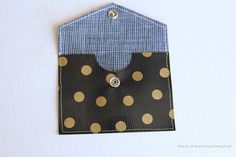 Oilcloth Coin Purse I Heart Nap Time | I Heart Nap Time - Easy recipes, DIY crafts, Homemaking