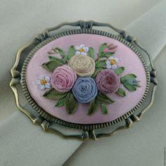 Купить Брошь с вышивкой Доброе утро - бледно-розовый, брошь с вышивкой, купить брошь с вышивкой