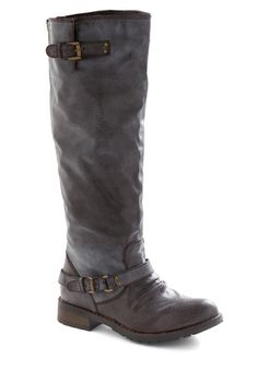 Deck yourself out for cold weather with unique women's boots from ModCloth. Choose from women's booties, duck boots and more! Shop the selection today. Leather Riding Boots, Biker Boots, Cute Shoes, Me Too Shoes, Shoe Room, Warm Weather Outfits, Vintage Boots, Black Boots, Tall Boots