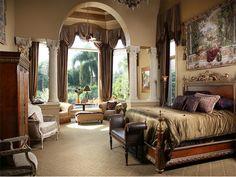Luxurious Estate in Naples, Florida - Master Suite !