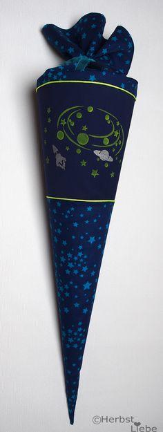 HerbstLiebe: Galaktische Schultüte für einen Jungen (Cool Crafts)