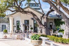 A Weekend Guide + The Best Wineries In Fredericksburg, Texas - Landry Has Landed Fredericksburg Wineries, Texas Wineries, Tasting Menu, Tasting Room, Wine Tasting, Top Cafe, Things To Come, Good Things, Weekends Away