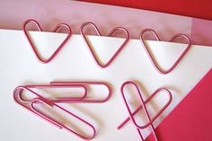 Show your paper piles some love with these heart-shaped paper clips.