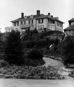 fabulous victorian homes in victoria bc by samuel maclure - Google Search