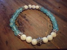 """Joli bracelet élastique pour femme, véritables pierres semi-précieuses sélectionnées avec soin, qualité supérieure. Une étoile de mer accrochée pour un effet """"bord de mer"""" - 20491656"""