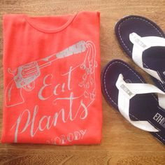 "Koszulki #VegeZone ""Eat plants and nobody gets hurts""!  #t-shirt #koszulka #ethletics #klapki #japonki #vege www.fairma.pl"